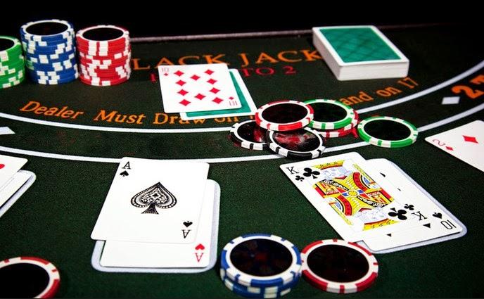 Tầm quan trọng của việc sử dụng chiến thuật tâm lý khi chơi bài online