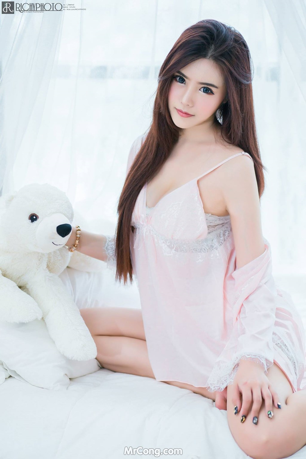 gai-xinh-nude-5
